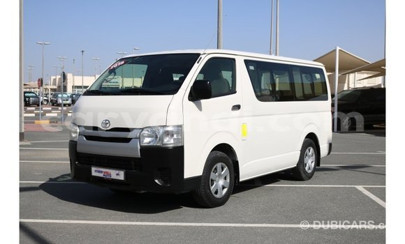 Buy Import Toyota Hiace White Car in Import - Dubai in Zambia