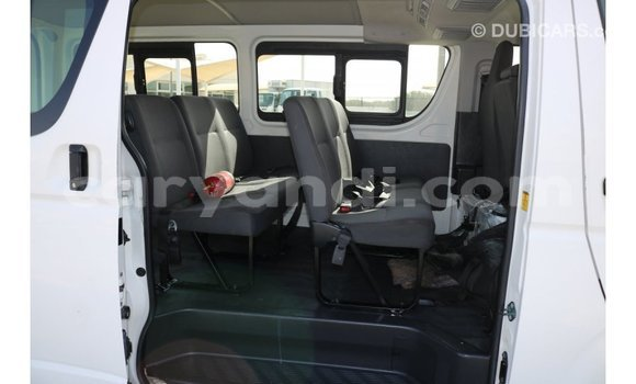 Buy Import Toyota Hiace White Car in Import - Dubai in Zambia