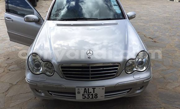 Buy Used Mercedes–Benz 190 Silver Car in Chingola in Zambia