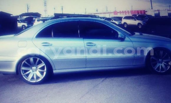 Buy Used Mercedes-Benz E-klasse Silver Car in Lusaka in Zambia