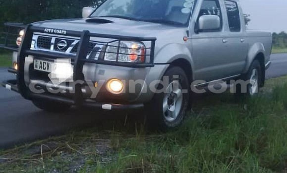 Buy Used Nissan Navara Silver Car in Lusaka in Zambia