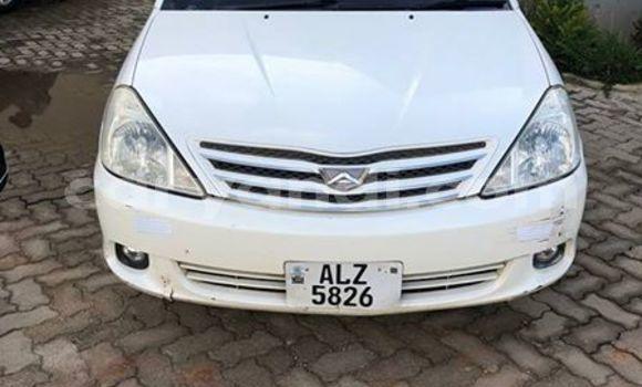 Buy Used Toyota Altezza White Car in Kitwe in Zambia