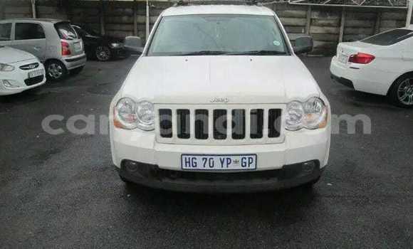 Buy Used Jeep Cherokee White Car in Livingstone in Zambia