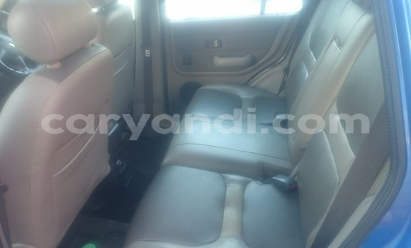 Buy Used Land Rover Defender Blue Car in Chingola in Zambia
