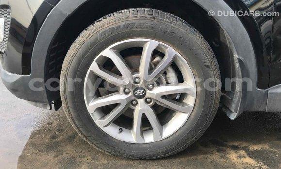Buy Import Hyundai Santa Fe Black Car in Import - Dubai in Zambia