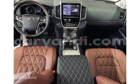 Tenga Imported Toyota Land Cruiser Nhema Mota in Import - Dubai in Zambia