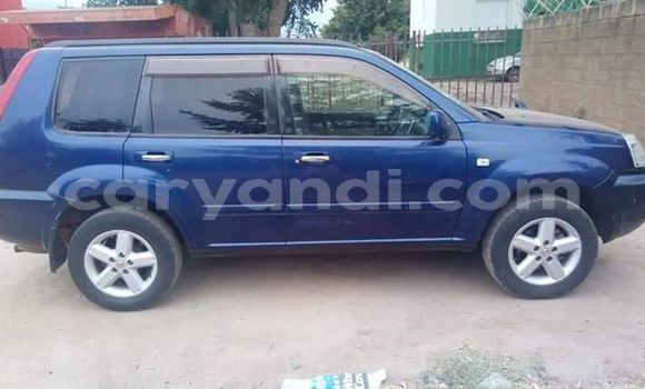 Buy Used Nissan X–Trail Blue Car in Lusaka in Zambia