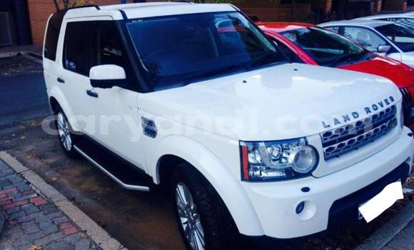 Buy New Land Rover Defender White Car in Chingola in Zambia