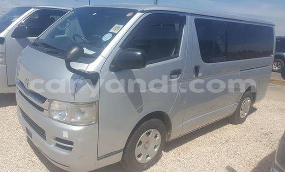 Acheter Occasion Voiture Toyota Hiace Gris à Lusaka, Zambie