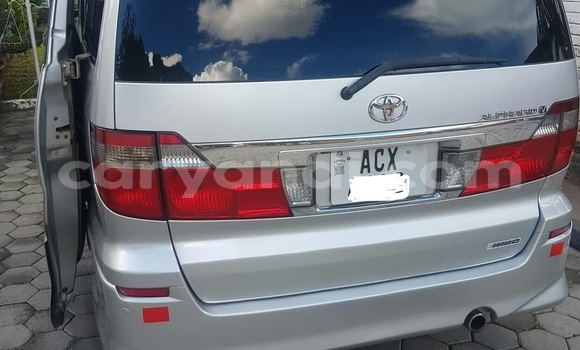 Buy Used Toyota Alphard Silver Car in Ndola in Zambia