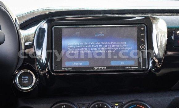 Nunua Imported Toyota Hilux Nyingine Gari ndani ya Import - Dubai nchini Zambia