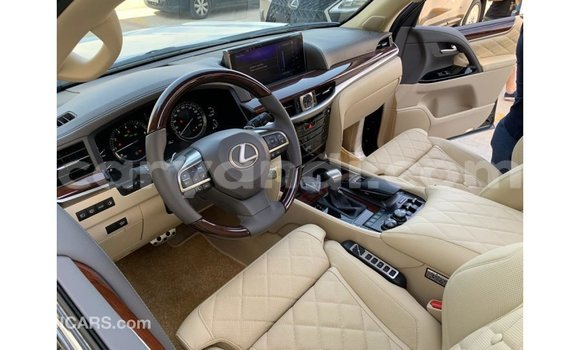 Tenga Imported Lexus LX Nhema Mota in Import - Dubai in Zambia