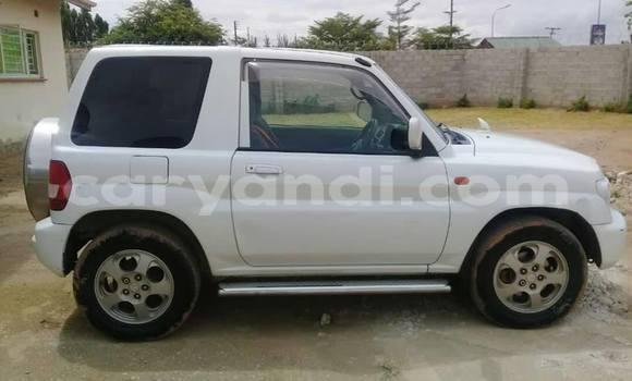Buy Used Mitsubishi Pajero iO White Car in Lusaka in Zambia