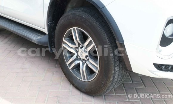 Buy Import Toyota Fortuner White Car in Import - Dubai in Zambia