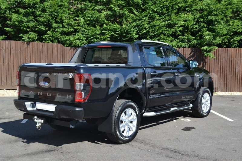 Big with watermark ford ranger 2