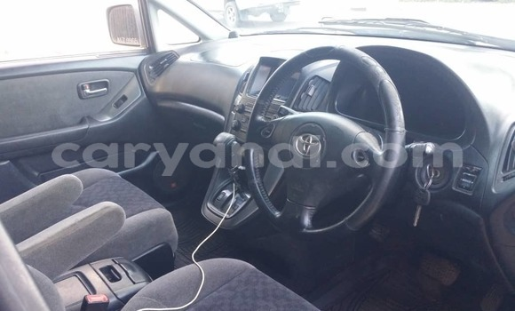 Buy Used Toyota Harrier Silver Car in Lusaka in Zambia