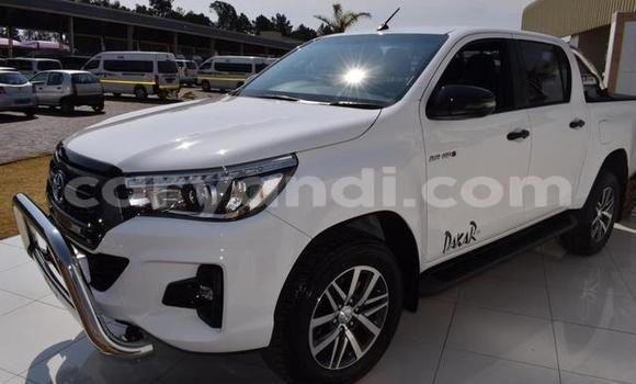 Buy Used Toyota Hilux White Car in Lusaka in Zambia