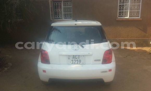 Buy Used Toyota IST Black Car in Chipata in Zambia