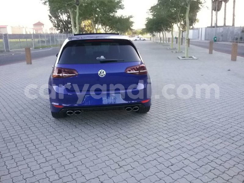 Big with watermark 2014 volkswagen golf 6