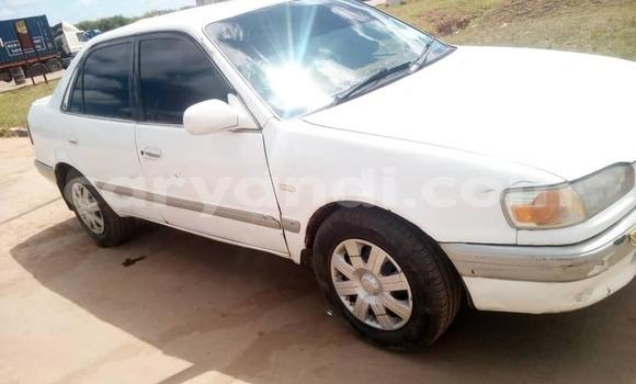 Acheter Occasion Voiture Toyota Corolla Blanc à Lusaka, Zambie