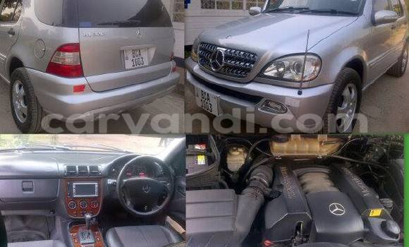 Buy Used Mercedes-Benz ML-Class Black Car in Chipata in Zambia