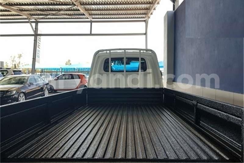 Big with watermark hyundai h 100 bakkie 2 6d deck 2015 id 59556856 type main