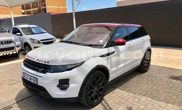 Buy Used Land Rover Range Rover Evoque White Car in Lusaka in Zambia