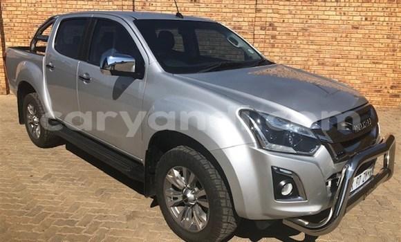 Buy Used Isuzu KB White Car in Livingstone in Zambia