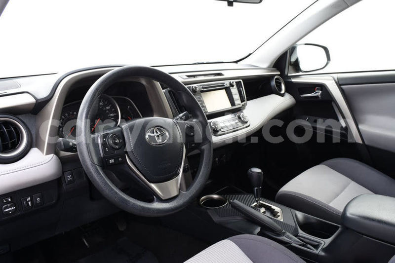 Big with watermark 2015 toyota rav4 pic 6530264254126279194 1024x768