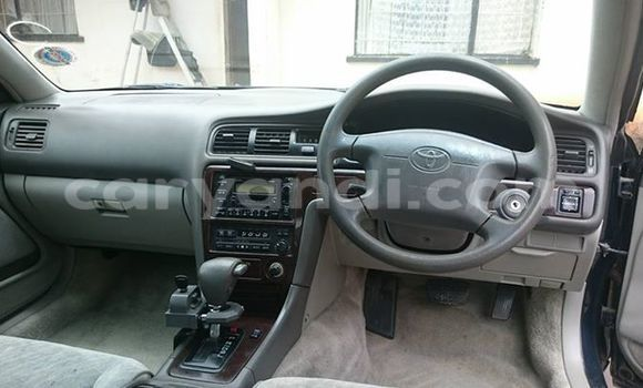 Buy Used Toyota 4Runner Black Car in Chingola in Zambia