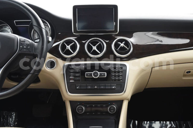 Big with watermark 2014 mercedes benz cla class pic 1355725395576943678 1024x768