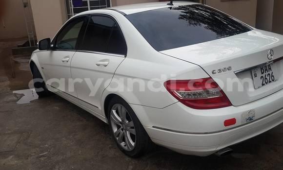 Buy Used Mercedes–Benz C–Class White Car in Chipata in Zambia