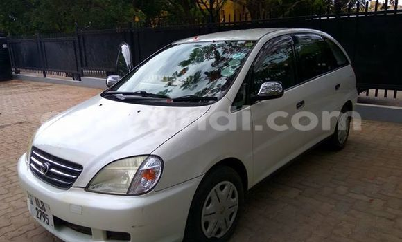Buy Used Toyota Nadia White Car in Chipata in Zambia