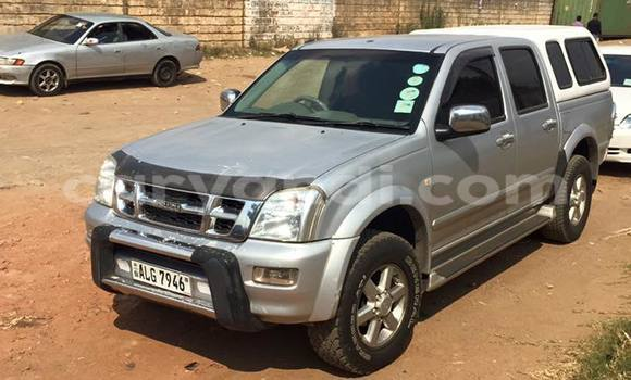 Buy Used Isuzu D–MAX Silver Car in Chipata in Zambia
