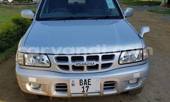 Buy Used Isuzu Wizard Silver Car in Chipata in Zambia