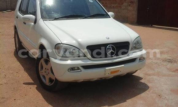 Buy Used Mercedes–Benz ML–Class White Car in Chipata in Zambia