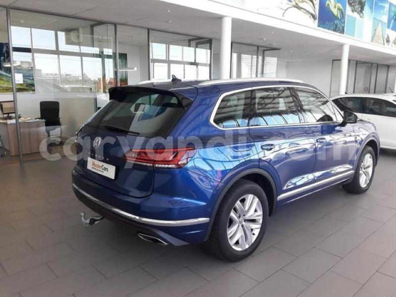 Big with watermark q5