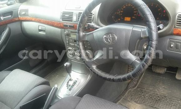 Buy Used Toyota Avensis Blue Car in Chingola in Zambia