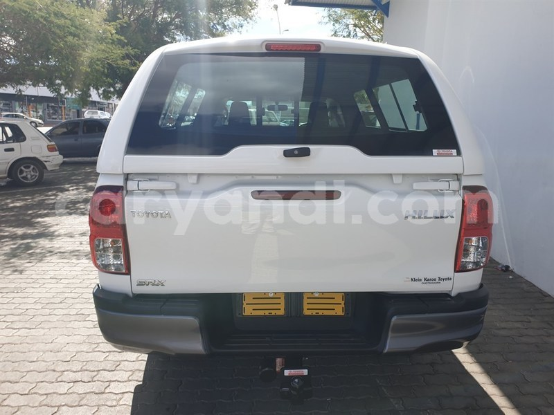 Big with watermark toyota hilux northern chinsali 8786