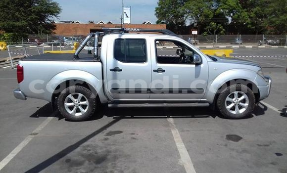 Buy Used Nissan Navara Silver Car in Chipata in Zambia