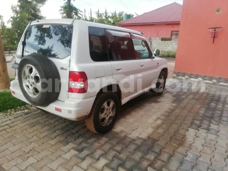 Big with watermark mitsubishi pajero io zambia lusaka 9367