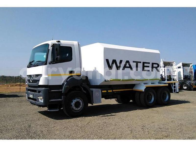 Big with watermark mercedes%e2%80%93benz 3331 zambia lusaka 9374