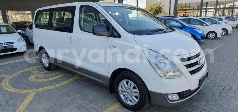 Big with watermark hyundai h1 zambia livingstone 9679