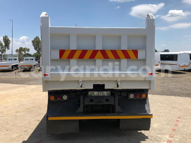 Big with watermark mercedes%e2%80%93benz tipper zambia livingstone 9706