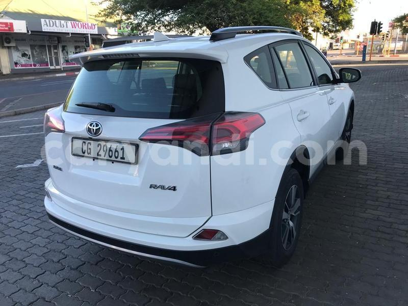 Big with watermark toyota rav4 zambia chingola 9710