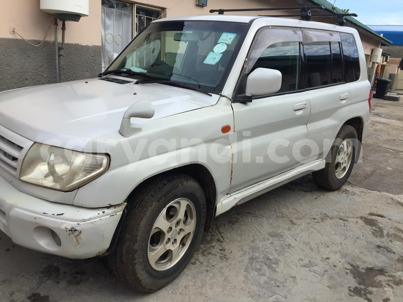 Big with watermark mitsubishi pajero io zambia lusaka 9716
