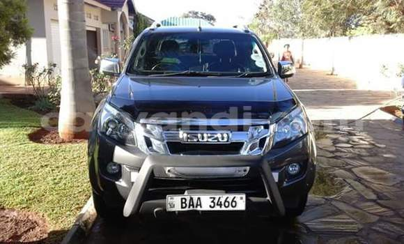 Buy Used Isuzu D–MAX Car in Chingola in Zambia