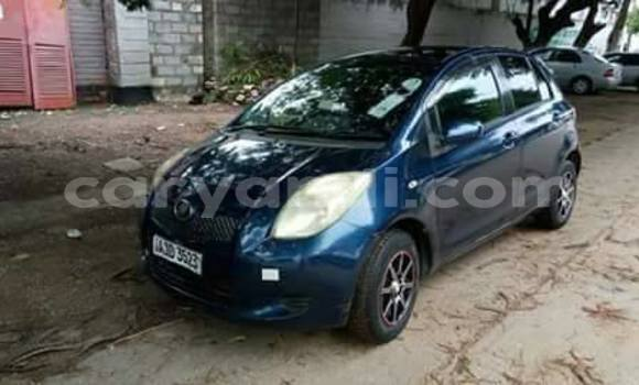 Buy Used Toyota Vitz Blue Car in Chipata in Zambia