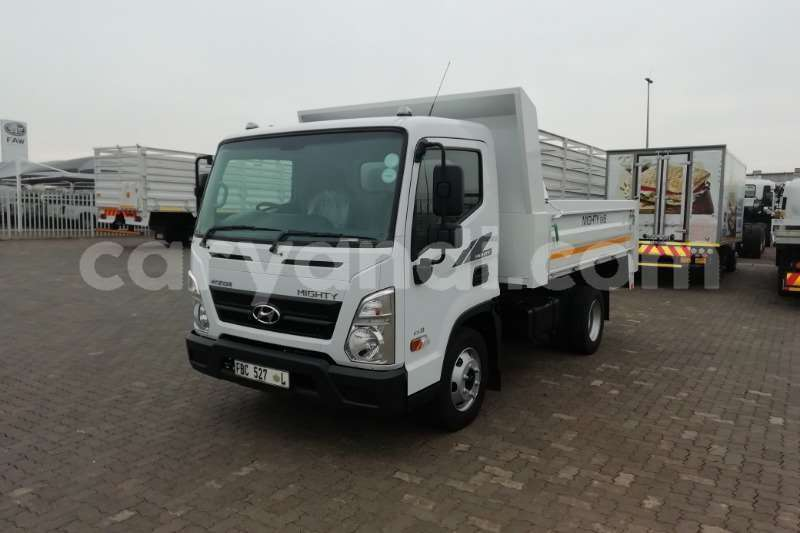 Big with watermark hyundai h200 zambia lusaka 9930