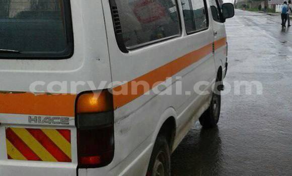 Buy Used Toyota Hiace White Car in Chipata in Zambia
